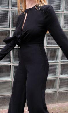 NA-KD Jumpsuit – blg-shp #jumpsuit #black #outfit #fashion #blogger #fashion #blackfashion #hijabhills
