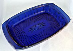 "AVON Royal Saphire Casserole Dish Cobalt Blue Glass Oven to Table 8"" X 11"" EUC"