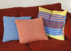 Flotte pudebetræk - Strik til hende - Håndarbejde og strikkeopskrifter - Familie Journal Throw Pillows, Bed, Toss Pillows, Stream Bed, Decorative Pillows, Decor Pillows, Beds, Scatter Cushions
