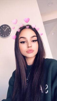 Snapchat Selfies, Snapchat Girls, Girl Pictures, Girl Photos, Selfi Tumblr, Maggie Lindemann, Fake Girls, Selfie Poses, Bad Girl Aesthetic