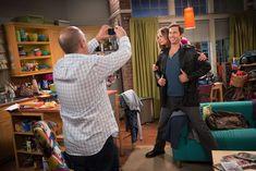 Go behind the scenes at a taping of 'The Big Bang Theory' Simon Helberg, The Bigbang Theory, Release The Kraken, Johnny Galecki, Mayim Bialik, Melissa Rauch, Jim Parsons, Nasa Astronauts, Entertainment Weekly