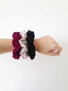 Beautiful set of 3 fabulous velvet scrunchies. The scrunchie size is perfect for your wrist and for your hair of course! Scarf Hairstyles Short, Cute Instagram Pictures, Hair Tie Bracelet, Fabric Flower Brooch, Fashion Accessories, Accessories Display, Velvet Scrunchie, Scrunchies, Hair Ties