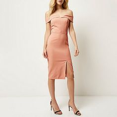 Sixe 6 probably Woven stretch crepe Bodycon Off-the-shoulder bardot neckline Zip back fastening Split front Midi length