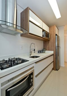 Galley Kitchens Design Ideas and Configuration Tips Features - homevignette Galley Kitchen Design, Kitchen Room Design, Home Decor Kitchen, Interior Design Kitchen, Kitchen Furniture, Home Kitchens, Galley Kitchens, Kitchen Stove, Kitchen Sets
