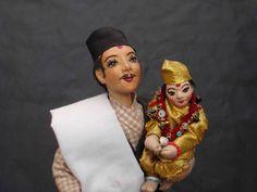 by PadmaShree Shrestha, 2013,                www.padmashreedollworld.org
