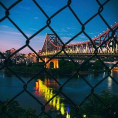 The city of Bright Bridges and Rippled Reflections 👌🏻🌉 What a stunning way to end the day in 📸 Brisbane City, Bridges, Photo And Video, Travel, Instagram, Viajes, Trips, Tourism, Traveling