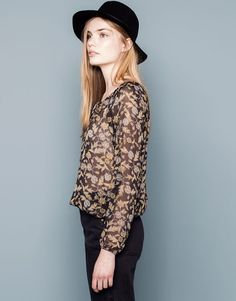 Pull&Bear - mujer - blusas y camisas - camisa bluson flores - negro - 05472313-I2014