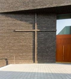 Review: Gemeindezentrum mit Wohnungen