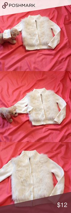 Little girls fuzzy front zip sweater in size 7/8 Gapkids fuzzy front zip up sweater in cream color. Cute, warm little sweater for fall. In excellent preowned condition. gap kids Other