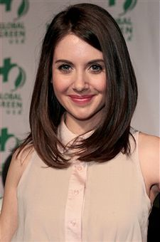 Alison Brie, Oscar Party, Hairspray, Party Looks, Straight Hairstyles, Hair Beauty, February 22, Long Hair Styles, Image