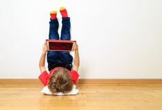 Parenting in the digital era is quite challenging as mobile devices and the internet, as convenient as they are, can lead to negative developmental patterns in children when not utilized properly. Youtube Videos For Kids, Kids Videos, Words Containing, Kids News, Kids Tablet, Internet, Kids Tv, Child Development, Parenting Hacks