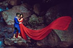 19 Beautiful & Soulful Photos of Happy & Dancing Parents in weddings Wedding Prep, Wedding Story, Plan Your Wedding, Wedding Planner, Father Daughter Photos, Happy Parents, Picture Source, Wedding Planning Websites, Top Of The World