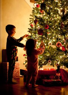 Christmas is most magical at this age! Love this picture :)