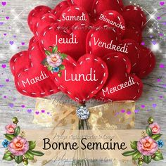 Bon Weekend, Morning Greetings Quotes, Good Morning Quotes, Bon Week End Image, Happy Friendship Day, Happy Day, Christmas Bulbs, Messages, Holiday Decor