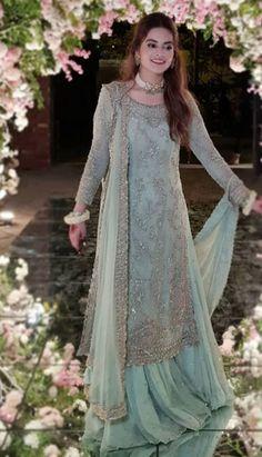 Asian Wedding Dress Pakistani, Desi Wedding Dresses, Beautiful Pakistani Dresses, Pakistani Dresses Casual, Indian Fashion Dresses, Pakistani Dress Design, Indian Designer Outfits, Pakistani Engagement Dresses, Pakistani Couture