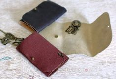 leather-key-pouch