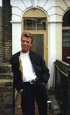 David Bowie 1991 40 Stansfield Road Brixton Twiggy's 'Loves To Be Loved' David Bowie Blog