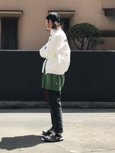 Jacket:ESSAY Inner:the Sakaki Pants:ESSAY Cap:COME