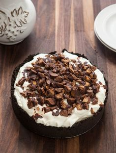 Eclectic Recipes » Alley-oop Peanut Butter Pie