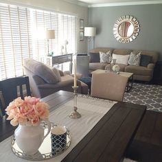 @lovelymee625's living room gets some added sophistication with our Devon Mirror.