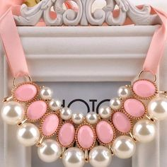🎀Hp🎀 3/30 Pink pearl delight necklace Ribbon necklace. Soft pink and faux pearls. New in package Jewelry Necklaces
