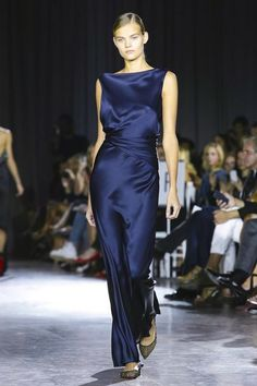 Glimpses at Fashion: Looks we love in 2016 - Lookbook blue #1