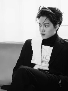Find images and videos about kpop, exo and kai on We Heart It - the app to get lost in what you love. Hot Korean Guys, Exo Korean, Korean Star, Korean Men, K Pop, Chanyeol Baekhyun, Dancing King, Kim Jongin, Kaisoo