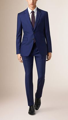 Bright navy Modern Fit Travel Tailoring Virgin Wool Suit - Image 1