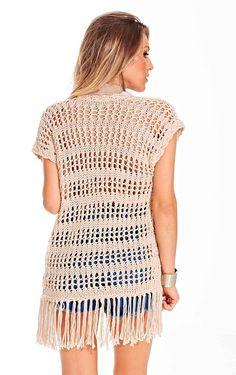 Colete de Tricô - Barroco Maxcolor - Blog do Bazar Horizonte - Maior Armarinho Virtual do Brasil Crochet Vest Pattern, Crochet Cardigan, Crochet Yarn, Free Crochet, Knit Crochet, Crochet Designs, Lace Tops, Crochet Clothes, Lace Knitting