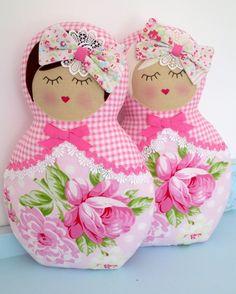 Image of Rosey babushka - Pink