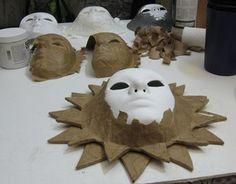Sun 5 More making ideas paper mache Paper Mache Mask, Paper Mache Crafts, Paper Mache Sculpture, Paper Mache Projects, Clay Sculptures, Mascara Papel Mache, Cardboard Mask, Plastic Mask, Sun Painting