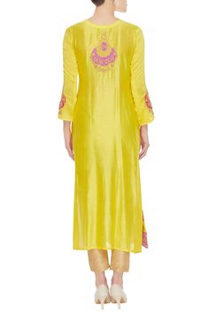 31ef0aa523 Buy embrodiered kurta with dupatta by Abhi Singh at Aza Fashions