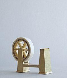 FUTAGAMI IHADA Tape Dispenser | Design by Masanori Oji