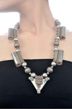 Beaded Tabiz necklace Amrapali