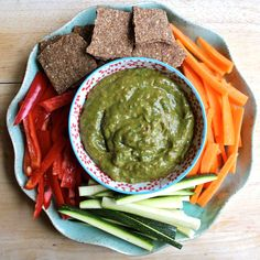 Raw Creamy avocado & red pepper dip