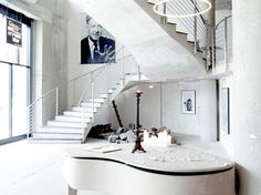 Get inside of one of the most exclusive post-modernist hotel in the world. nHow Marseille Hotel is a work of art. See the outstanding interior design here. Restaurant Design, Cafe Restaurant, Design Hotel, Interior Exterior, Interior Architecture, Hotel Berlin, White Piano, Boho Home, White Space