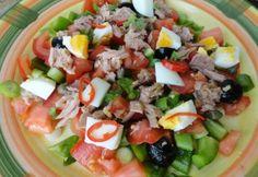 13+1 laktató saláta kevesebb mint 300 kalóriából | NOSALTY Street Food, Cobb Salad, Food Processor Recipes, Bacon, Paleo, Food And Drink, Health Fitness, Yummy Food, Cooking