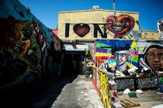 5Pointz: Photos Of The NYC Graffiti Landmark | The Roosevelts