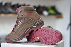 Espresso, Hiking Boots, Berries, Shoes, Fashion, Espresso Coffee, Moda, Zapatos, Shoes Outlet