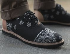 Bandana Black Hampton Oxford by Thorocraft. I don't think it's weird that I want these *mens* shoes..... they are pretty amazing...