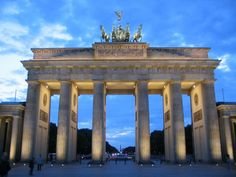 Brandenburg Gate in Berlin Germany. Could have spend days and days touring this city Berlin Brandenburg, Brandenburg Gate, Oh The Places You'll Go, Places To Travel, Places To Visit, Backpacking Europe, Voyage Europe, Berlin Germany, Berlin Today