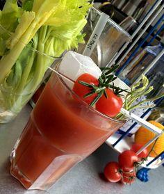 #Bloody #Mary o #Red #Snaper... Disfruta de nuestros #cocteles reconstituyentes! #cocktail