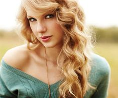 taylor swift or as i say taytay swift is the best singer/person/creator/designer/pretty lady ever
