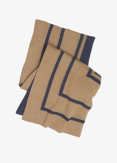 She'll be hoping for snow when she sees this understatedly chic scarf!