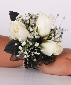 Black Beauty 3 Sweetheart Rose Wrist Corsage #peoplesflowers #wearableflowers