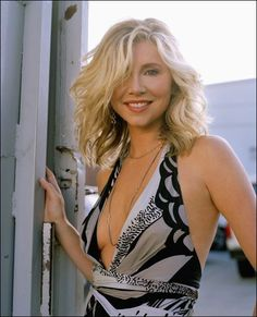 Sarah chalke sexy butt picture 77