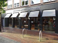 Luxaflex Outdoor zonwering bij De Pagter Antiek & Interieur in Middelburg.