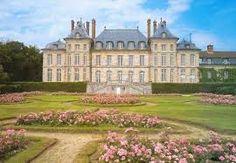 Hasil gambar untuk château de saint jean de beauregard