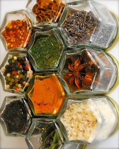 Perfect spice rack that frees up your cupboard space...attach a few magnets and stick to the fridge!