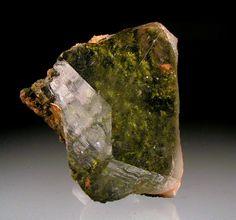 Quartz with Epidote inclusions ~ Quartz : SiO2, Epidote : {Ca2}{Al2Fe3+}(Si2O7)(SiO4)O(OH) ~ Calaveras River Canyon, Valley Springs area, Calaveras Co., California, USA